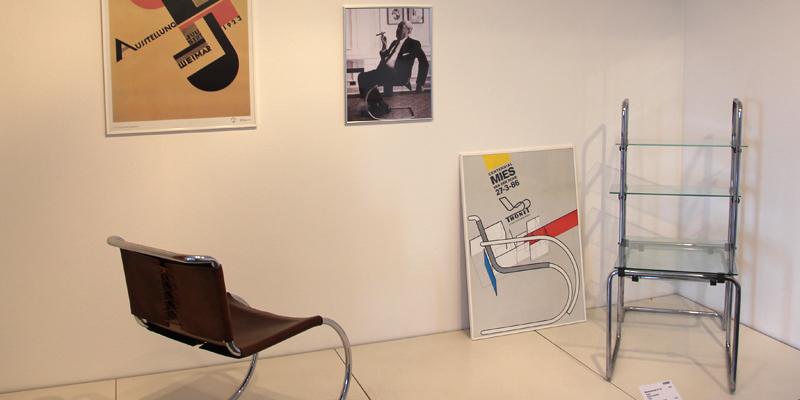 blauer sonntag frankenberg thonet. Black Bedroom Furniture Sets. Home Design Ideas
